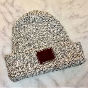 love your melon x caribou coffee • beanie hat o/s